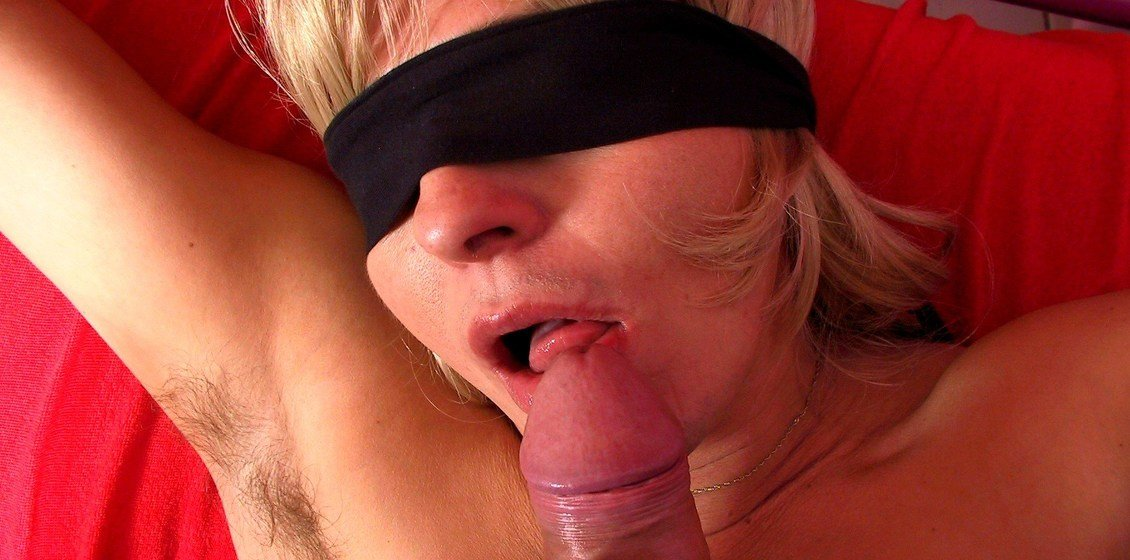 Mature housewife getting fucked blindfolded Tied Up Blindfolded Hairy Mature Housewife Gets Fucked Mature Nl
